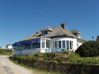 CANCELLATION;August 30th onwards, sleeps 18 in 8 beds ,400m from Mawgan Porth Beach ,sea views.