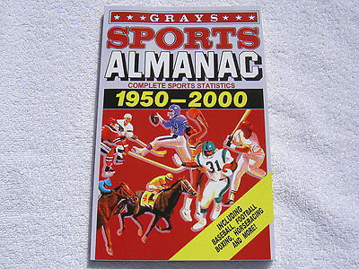 GRAYS SPORTS ALMANAC-156 PAGE BOOK-BACK TO THE FUTURE 2 II PROP BTTF DELOREAN!!!