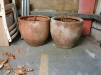 two large plant pots can deliver