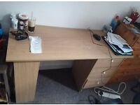 3 drawer desk, like new, no scratches at all.