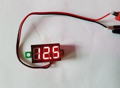 LED Mini Digital Voltmeter 2,5 - 30V Spannunganzeige 2,2x1,4x1cm Voltmodul Rot }