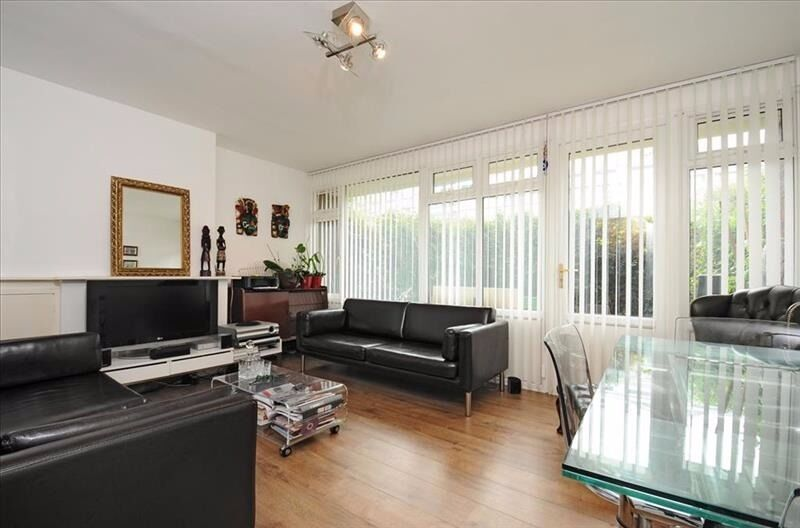 STUDENTS CLICK HERE 4 BED 3 BATH WITH A GARDEN OFFERED FURNISHED AVAILABLE SEPTEMBER SE17