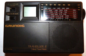 Grundig Traveller II 7 Band Worldtime Travel Radio