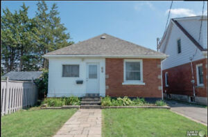 (3+2) All Brick Bungalow for Rent (1700+Utilities) Avail Dec 01