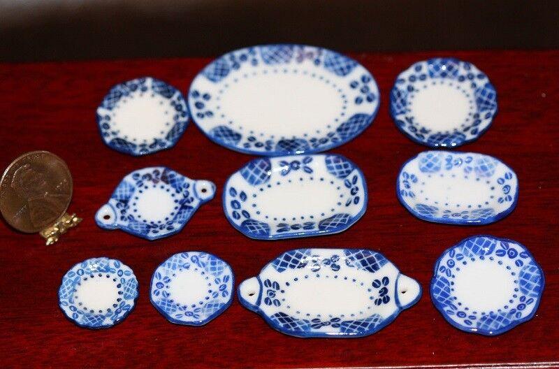 Dollhouse Miniature *SALE* Blue and White Porcelain Platter Set