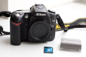 Nikon D90 DSLR Camera Body in excellent condition