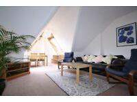 3 bedroom flat in Quernmore Road, London, N44