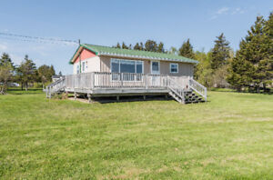 4 AQUILA CRES. GRAND DIGUE! CHARMING COTTAGE-WATER VIEW!