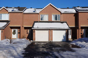 ***Open house tomorrow in Orleans, 3 bed Townhome***