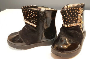Toddler girl lacquered velvet boots for fall, size 6