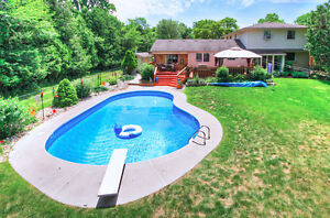 Secluded classic home--backing onto nature preserve & river London Ontario image 3