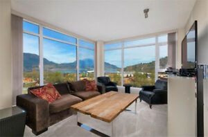 Gorgeous 3 Bedroom Furnished Condo With Panoramic Lake Views