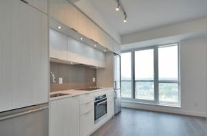 Modern studio in sought after 55 Regent Park