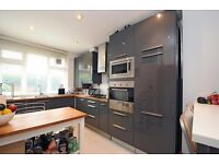PRICE REDUCTION ON 4 BEDROOM MAISONETTE IN KENNTINGTON LONDON