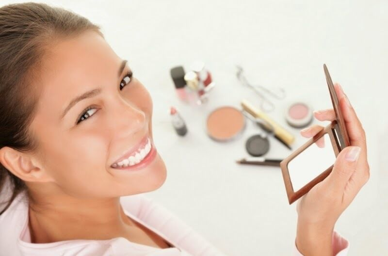 With a few tricks, you don't have to be professional to have fabulous looking makeup. You don't have to spend hours on d