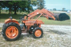 KUBOTA L245DT compact tractor with loader