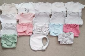 18 TINY NEWBORN BABY GIRL'S CLOTHES JOBLOT 6