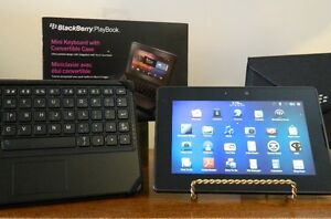 Blackberry Playbook 64 G and Wireless Keyboard and Case Kingston Kingston Area image 4