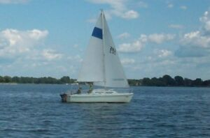 Voilier Sirius 21 sailboat