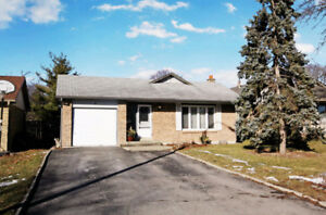 Beautiful 3+2 Bed/2 Full Bath Detached Bungalow WHITBY DOWNTOWN