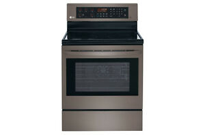 CLEARANCE SALE OF BLACK STAINLESS STEEL APPLIANCES PACKAGE Cambridge Kitchener Area image 3