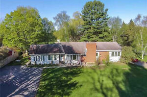 Short Term Rental in Upscale Midhurst Available June 1!