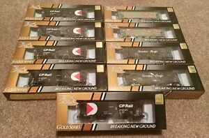 BRAND NEW / HO Scale / True Line Trains / Covered Hoppers (x9)