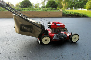 Lawnmower - 2002 Toro Personal Pace Selp Propelled system 6.5 HP