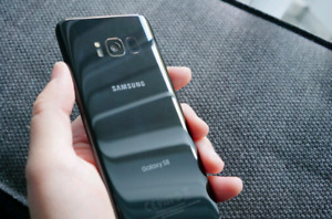 Unlocked Galaxy S8 trade with iPhone 8 plus
