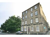 Very spacious FURNISHED two double bedroom second floor flat - Sciennes