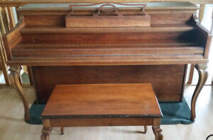 Beautiful 1950s Apartment Size Upright Willis Piano and Bench