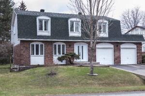 Maison à vendre - Beaconsfield