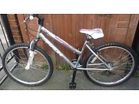 *NOW REDUCED* Brand New Saxon Warrior Girls'/Ladies' Mountain Bike with Brand New Accessories