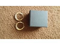 in gift box is a lovely pair of women's 9ct gold earrings, like new !