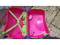 Trunki Pink suitcase