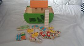 Lovely little wooden Noahs Ark