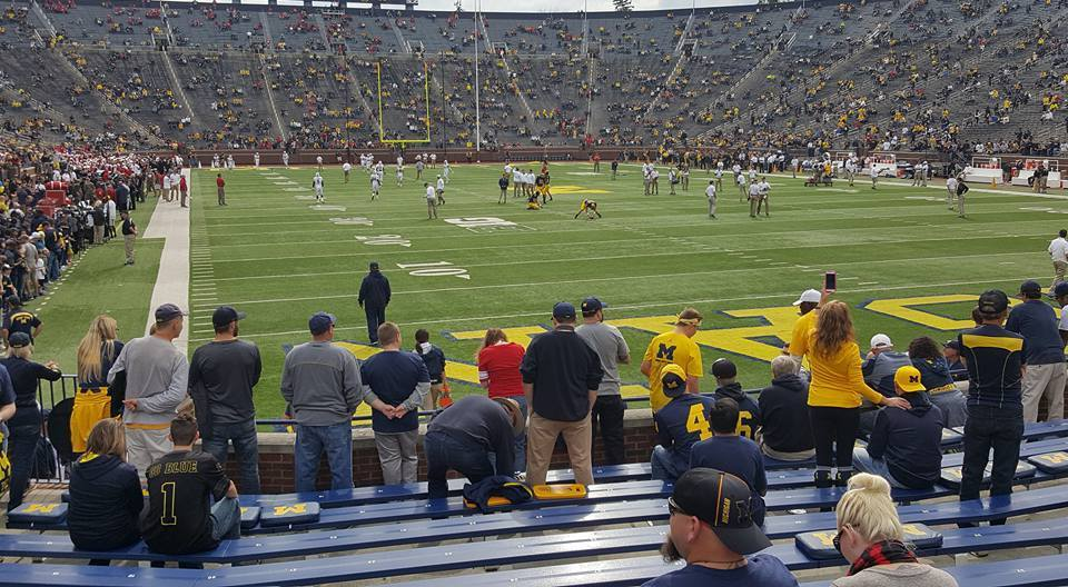 Купить 2 of 4 tickets Michigan Wolverines Cincinnati Bearcats 9/9