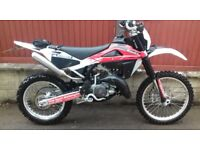Husqvarna 125 WR enduro 2013, only 710 miless from new