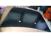 Land rover discovery bonnet plate