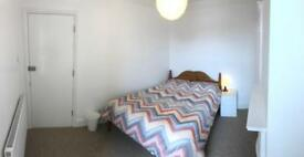 Lovely Double Bedroom in a Shared House