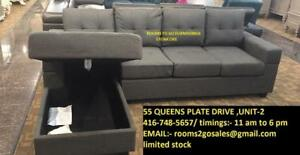 SCTIONAL BRAND NEW SECTIONAL