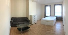 A NICE LARGE DOUBLE ROOM TO RENT IN BARKING&DAGENHAM LODGE AVENUE
