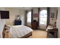 Available now until 7th August - huge bright room in large house in Clapham