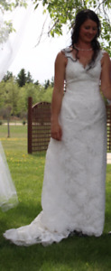 Beautiful western style lace wedding dress with key hole back