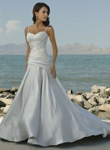 $300 NWT Maggie Sottero Wedding Dress (never worn)