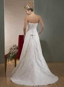 Wedding dress - Maggie Sottero Grace