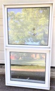 Fenêtre thermo à battant vertical 31''1/2 x 55''1/8 à vendre