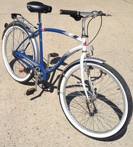 CCM Navigator cruiser bicycle