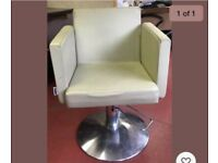 3 x Hairdressing / Salon pump chairs