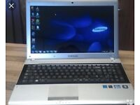 SAMSUNG RV520 laptop for sale